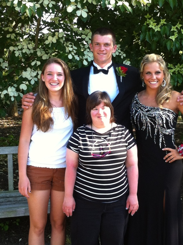Alex's prom photo with gals